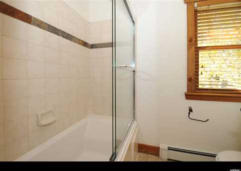 564 Deer Valley Dr #4 - Photo 16