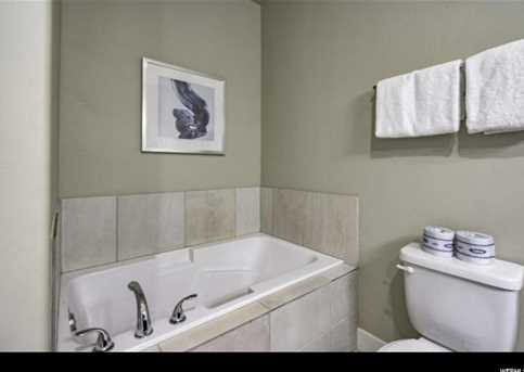 5228 W Villa Dr N #4-202 - Photo 32