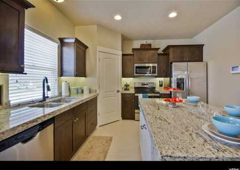 3836 E  Cunninghill Dr - Photo 4
