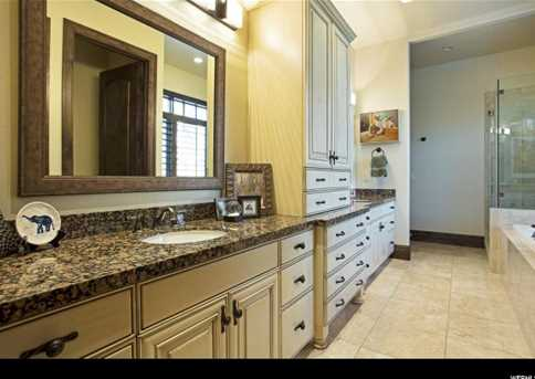 4949 S Holladay Pines Ct - Photo 18