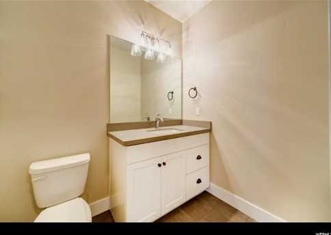 244 N Queensland  Ct #5 - Photo 12