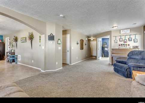 348 W Diamant Ln N - Photo 4