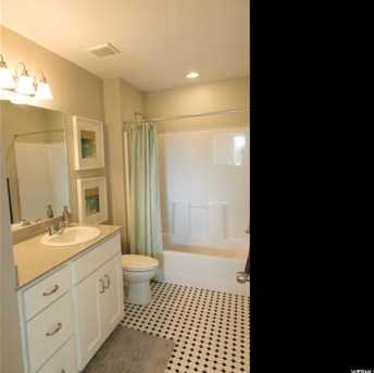 1765 N Warbler Rd #70 - Photo 16