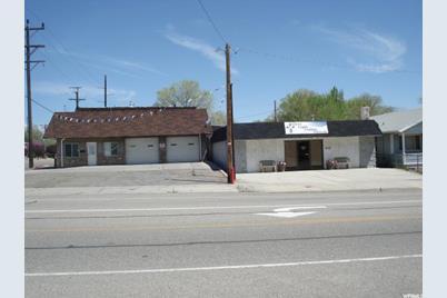 403 S Carbon  Ave - Photo 1