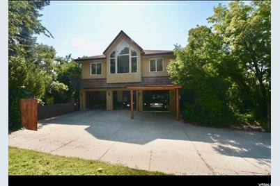8762 S Kings Hill Dr - Photo 1