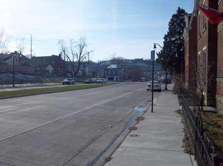 418-422 Watkins Street - Photo 2