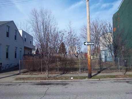 418-422 Watkins Street - Photo 4