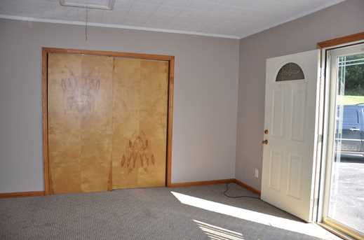 5899 Maysville Road - Photo 20