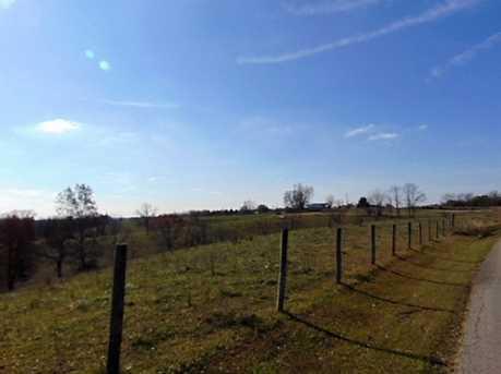 2925 Squiresville - Photo 4
