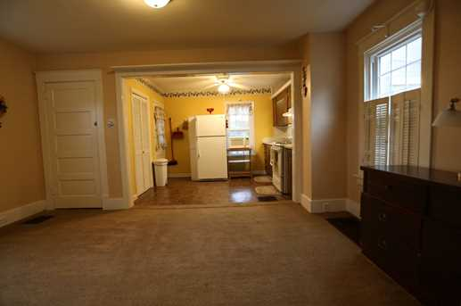 53 Parkview Avenue - Photo 8