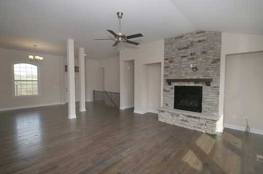 9525 Old Union Road - Photo 2
