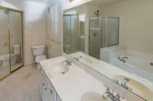 8542 Wiltshire Way #13E - Photo 24