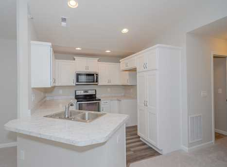 872 Yorkshire Dr #15-300 - Photo 2