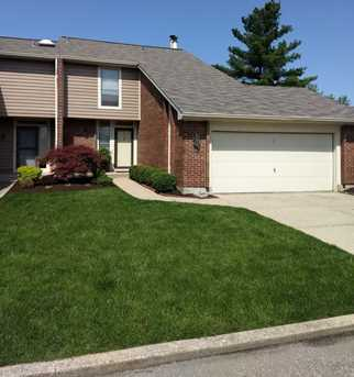 1016 Crown Hill Ct - Photo 2