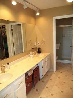 1016 Crown Hill Ct - Photo 16