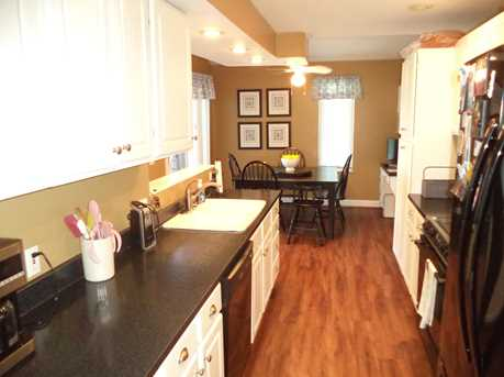1016 Crown Hill Ct - Photo 12