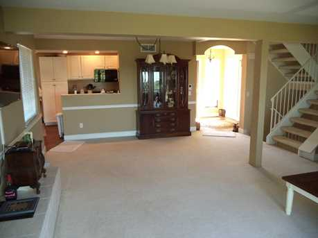 1016 Crown Hill Ct - Photo 10