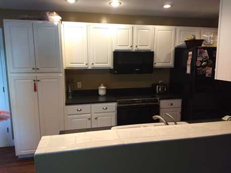 1016 Crown Hill Ct - Photo 14