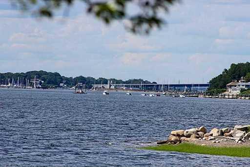 385 Seapowet Av - Photo 14