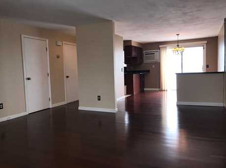 60 Hawthorne Pl, Unit#11 - Photo 6