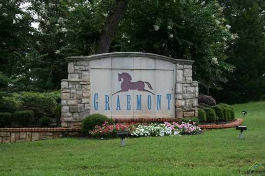 6017 Graemont - Photo 1