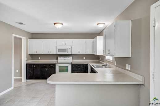 10906 Forest Ln - Photo 10