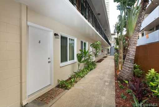 242 Kaiulani Avenue - Photo 4