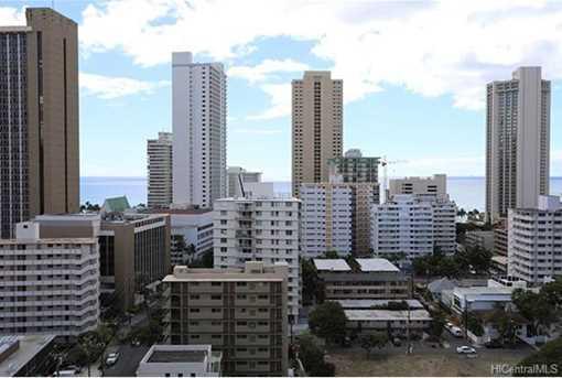 320 Liliuokalani Avenue #1804 - Photo 2