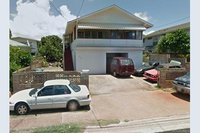 3374 Maunaloa Avenue - Photo 1