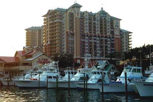 10 Harbor Blvd #W323 - Photo 28