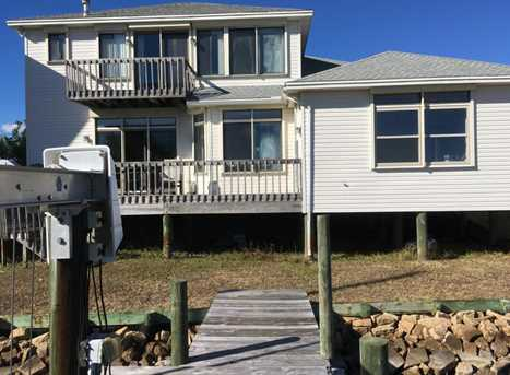 201 Old Ferry Rd - Photo 2