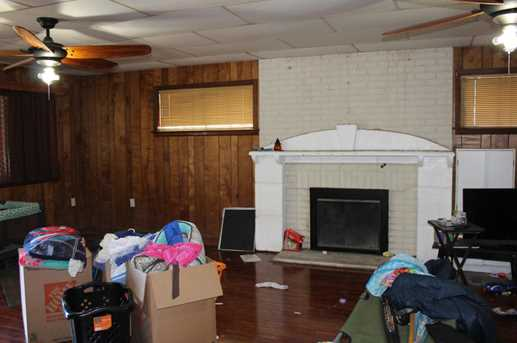 127 3rd Ave - Photo 2