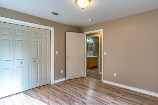 1031 Whitehead Dr - Photo 12