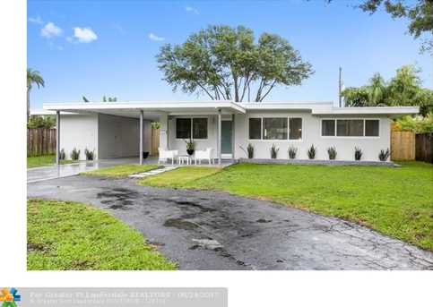 221 NW 36th St - Photo 1