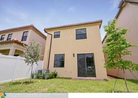 5711 NW 47th Ave - Photo 16