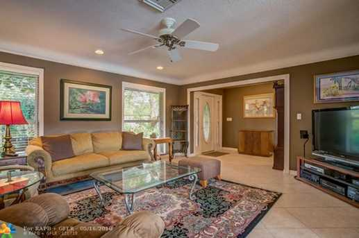 3590  Bayview Dr - Photo 8