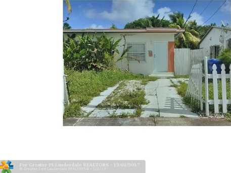 5631 NW 5th Ct - Photo 1