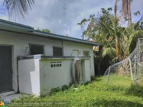 5631 NW 5th Ct - Photo 2