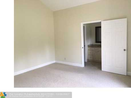 1535 SW 1st Ave - Photo 8