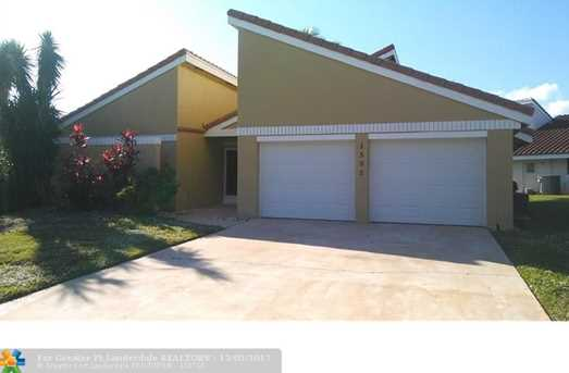 1535 SW 1st Ave - Photo 1