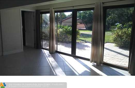 1535 SW 1st Ave - Photo 4