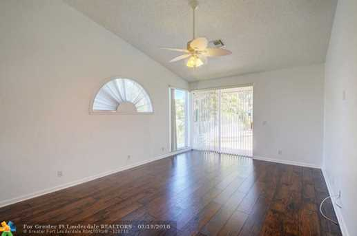 9883 NW 48th Ct - Photo 22