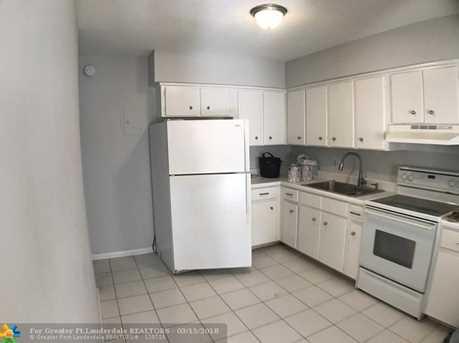 5410  22nd Terrace, Unit #11 - Photo 2