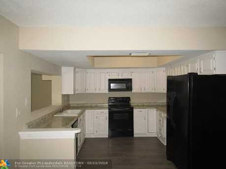 5208 SW 91st Ter - Photo 4