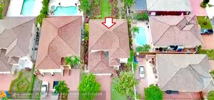 8830 NW 146th Ln, Miami Lakes, FL 33018 - MLS F10117288 - Coldwell ...