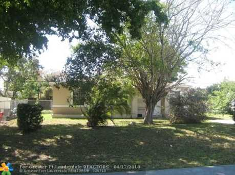 1612 NW 13th St - Photo 2