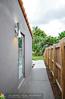 1625 NW 7th Ave - Photo 20