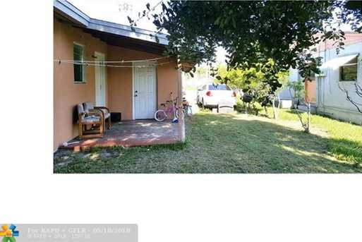 113 NW 10th Ct - Photo 8