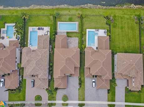 10262 Sweet Bay Manor - Photo 4