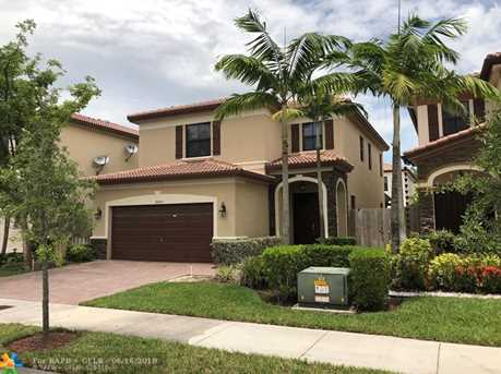 8865 NW 100th Pl - Photo 2